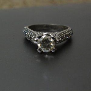 NWOT White Moissanite 3.22 ct .925 silver ring 7